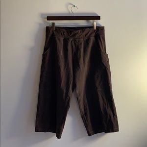 Brown Lululemon Capri Pants